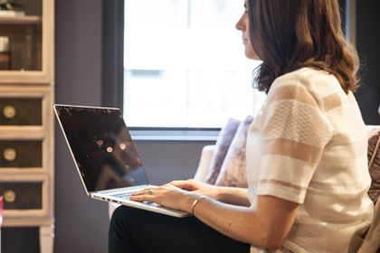 Join one of our online support groups, led by an oncology social worker »